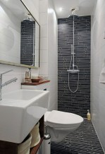 Half wall shower for your small bathroom design ideas 03