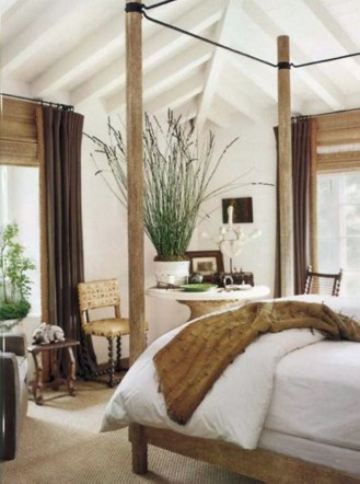 High ceilings accent wall with traditional and classic look 06