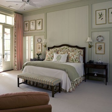 High ceilings accent wall with traditional and classic look 44