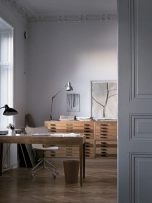 Neat and clean minimalist workspace design ideas for your home 17