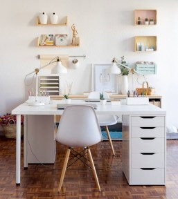 Neat and clean minimalist workspace design ideas for your home 29