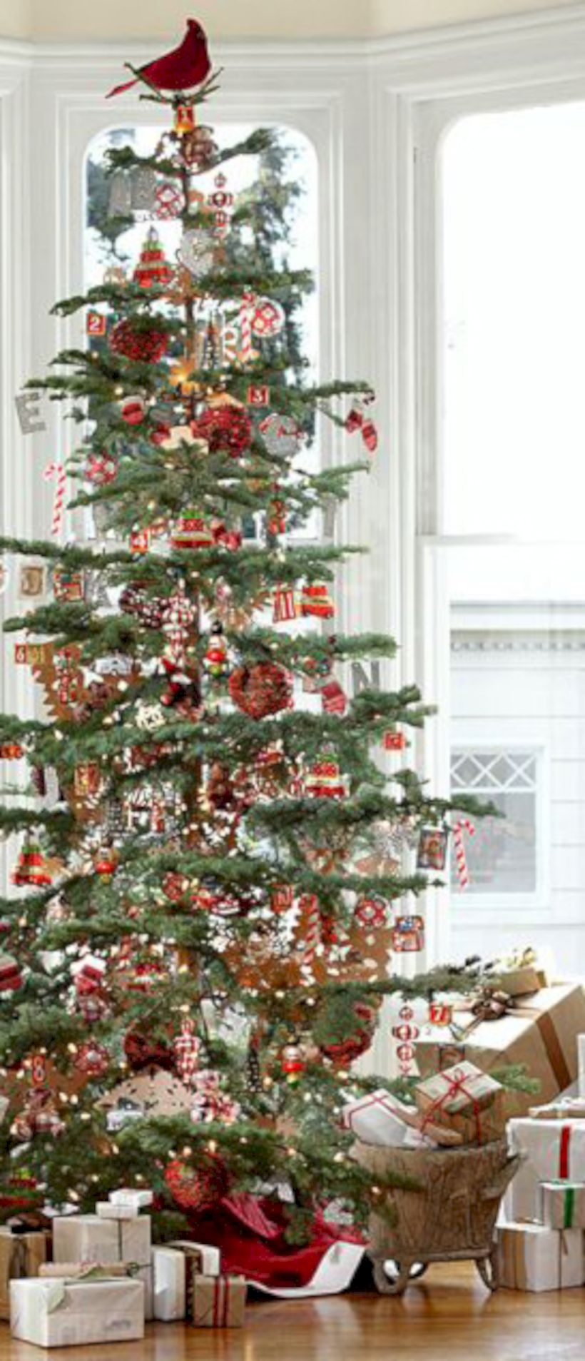 Non-traditional christmas tree to give to your home 19