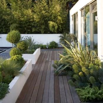 Outdoor garden decor landscaping flower beds ideas 08