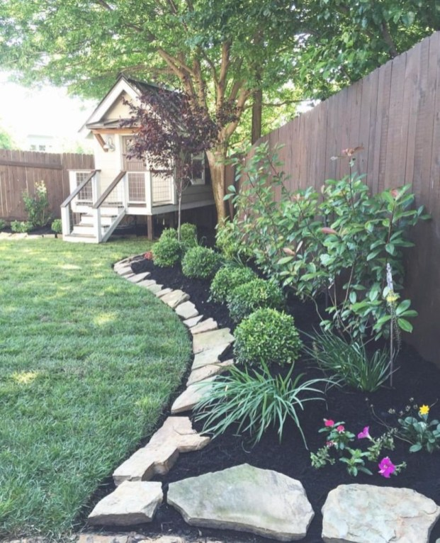 Outdoor garden decor landscaping flower beds ideas 18