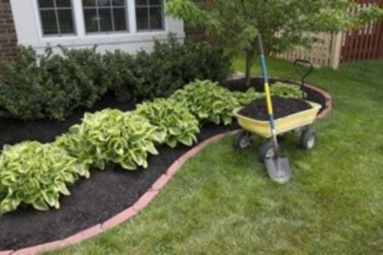 Outdoor garden decor landscaping flower beds ideas 30