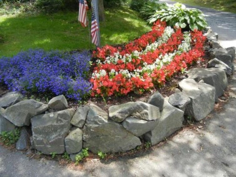 Outdoor garden decor landscaping flower beds ideas 33
