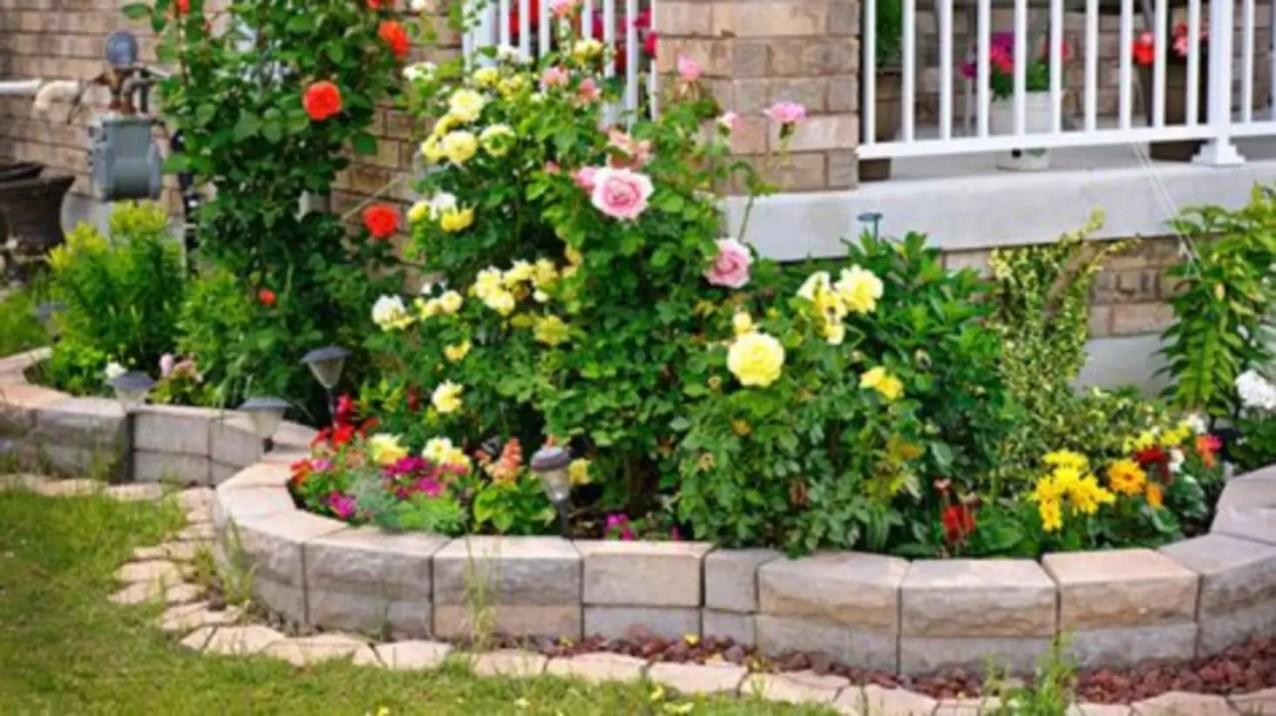 Outdoor garden decor landscaping flower beds ideas 44