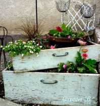 Outdoor garden decor landscaping flower beds ideas 45
