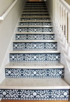 Painted staircase ideas which make your stairs look new 21