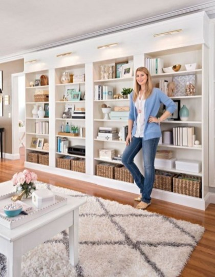 Pieces to create a stylish bookcase instantly 10