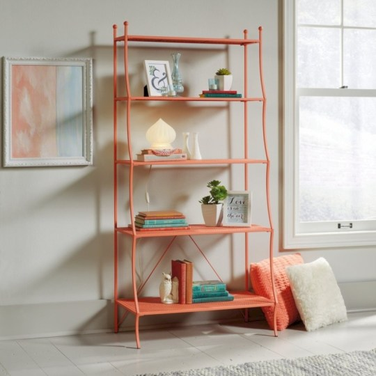 Pieces to create a stylish bookcase instantly 11