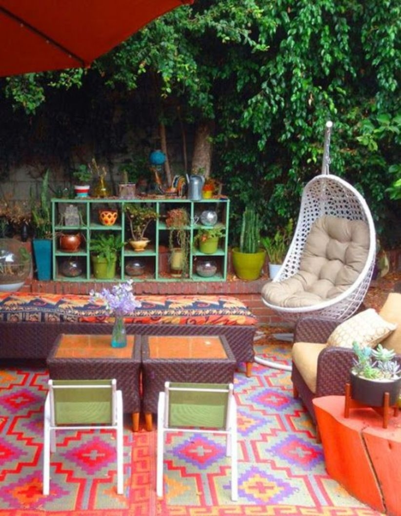 Shabby chic and bohemian garden ideas 05