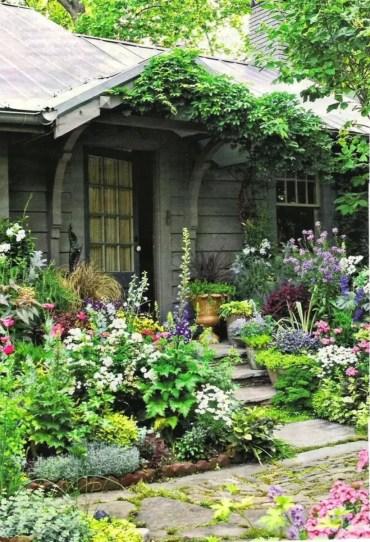 Shabby chic and bohemian garden ideas 12