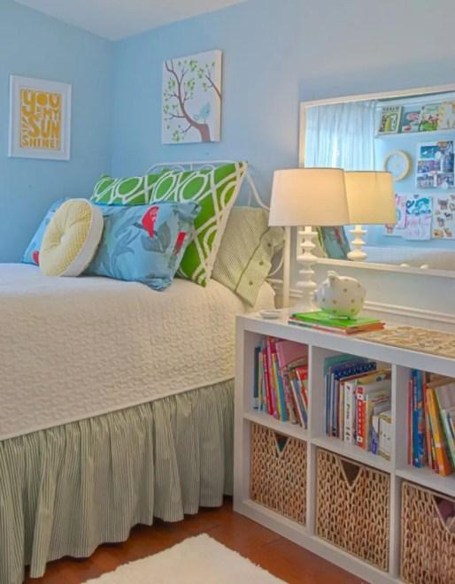 Stunning bookshelves ideas for bedroom decoration 23