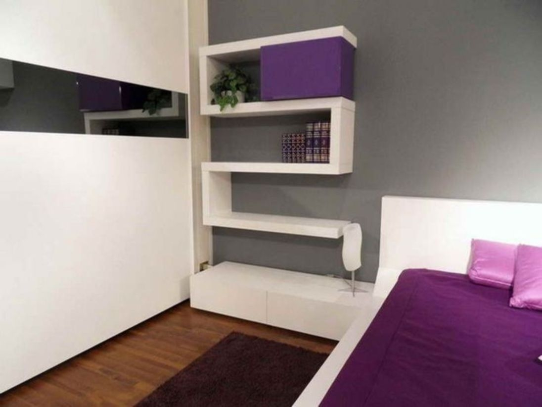 Stunning bookshelves ideas for bedroom decoration 24