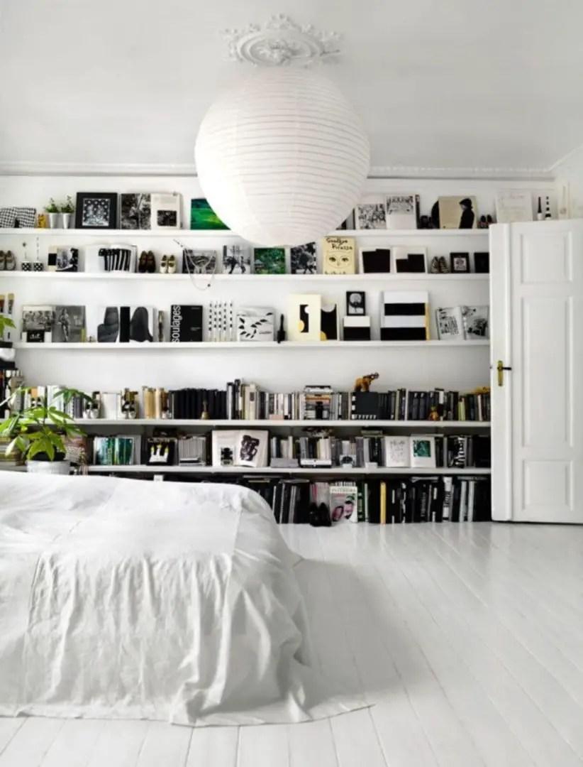 Stunning bookshelves ideas for bedroom decoration 26