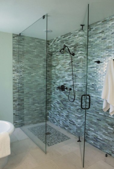 Stunning mosaic tiled wall for your bathroom 36