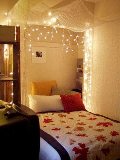 Twinkly ways to light up your home with christmas fairy light 10