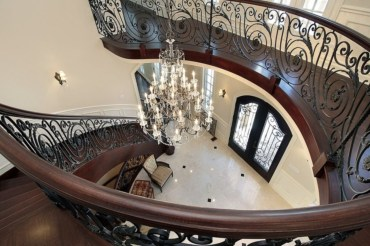 Ways to decorate with chandelier over the stairs 43