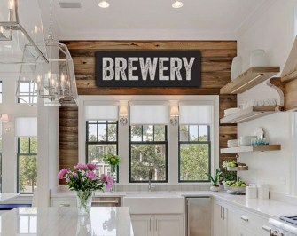 Ways to incorporate shiplap into your home 11