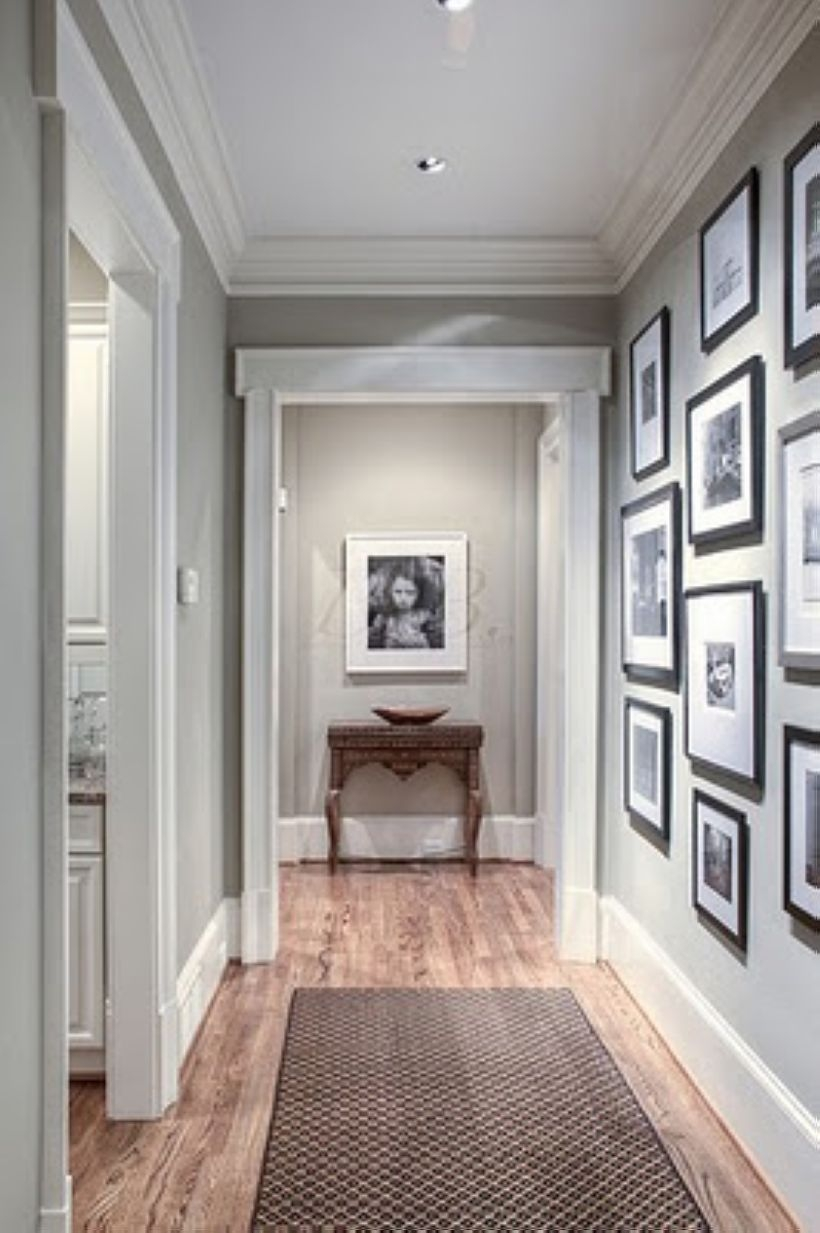 White wall and picture frames in hallway decorating ideas 21