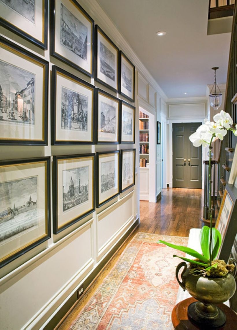 White wall and picture frames in hallway decorating ideas 23