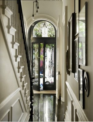 White wall and picture frames in hallway decorating ideas 24