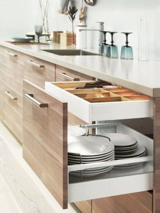 Clever storage solutions for kitchen plate