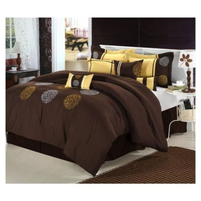 Luxury king bedding sets with white bed