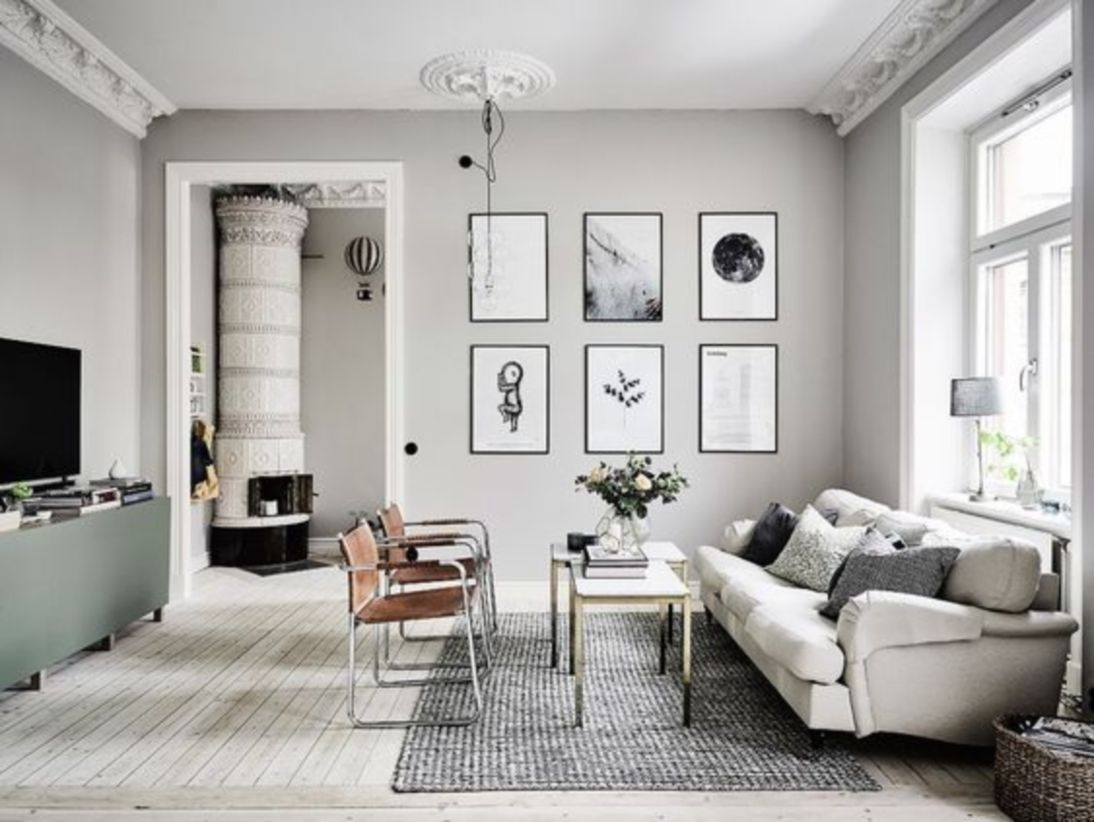 Minimalist living room with a scandinavian touch