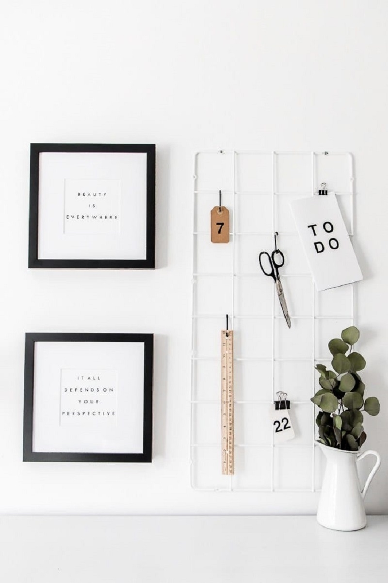 Hanging By Simple Grid Organizer
