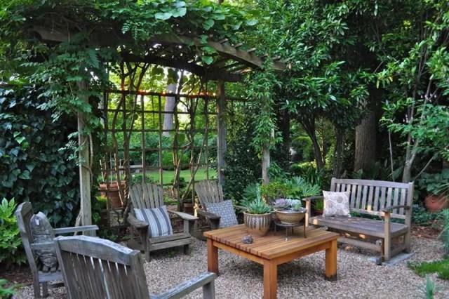 2. leafy garden