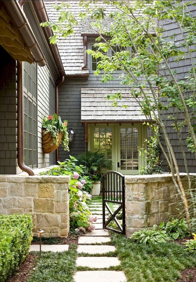 Gate for side yard garden