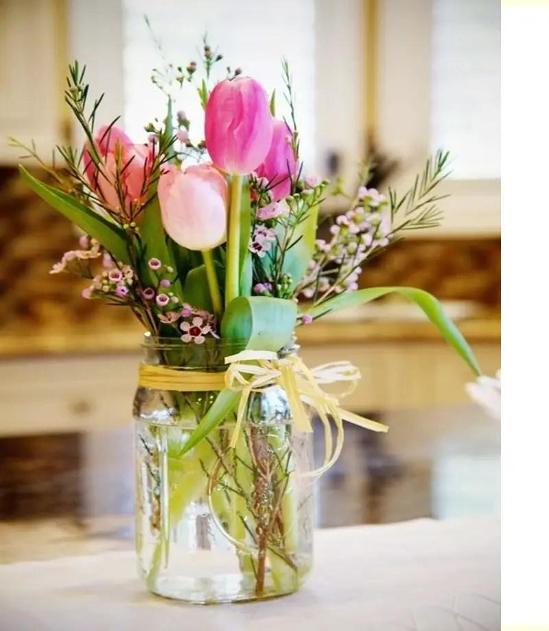 Spring floral arrangement 3