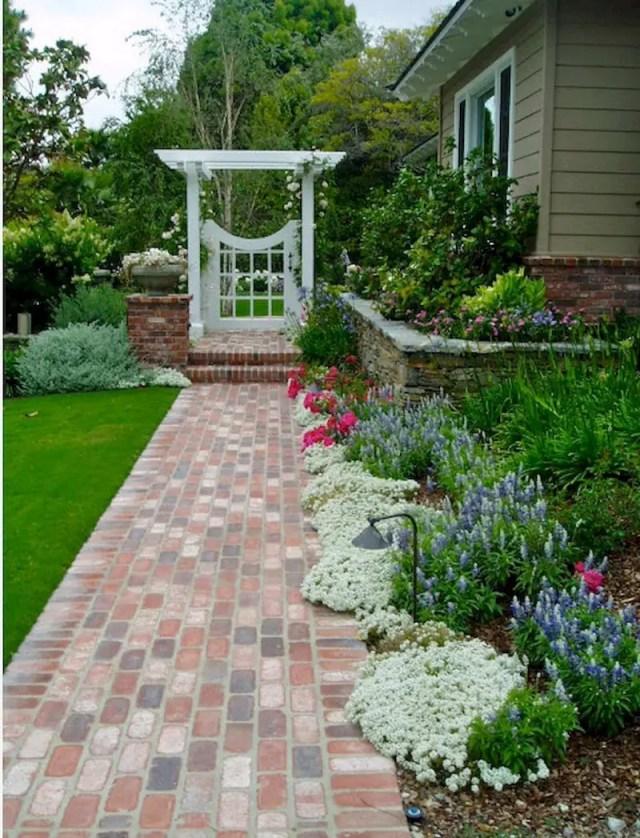 Sweet side yard garden