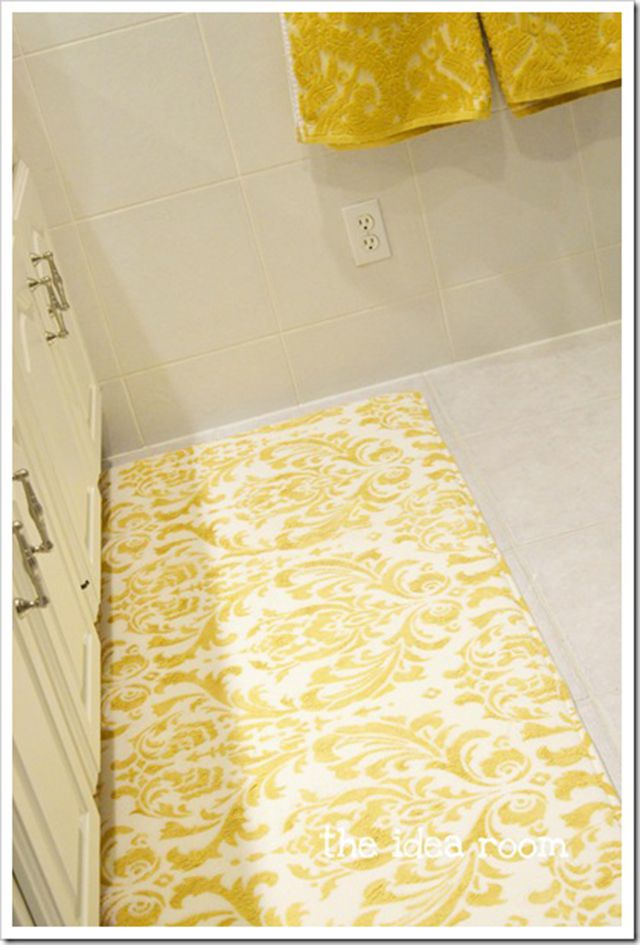 Diy stenciled damask rug