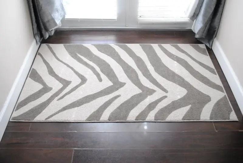 Diy zebra rug