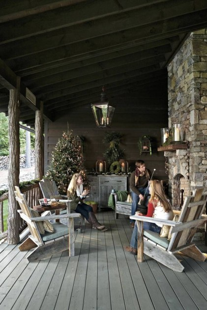 Adorable christmas porch décoration ideas 22