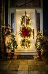 Adorable christmas porch décoration ideas 36