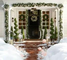Adorable christmas porch décoration ideas 38
