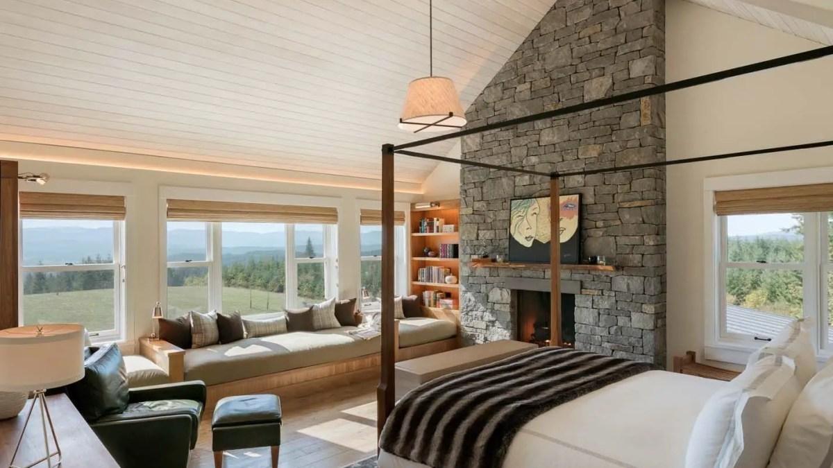 45 Classic and Vintage Farmhouse Bedroom Ideas