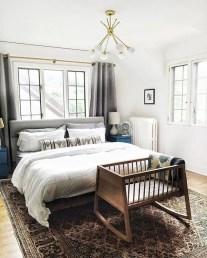 Classic and vintage farmhouse bedroom ideas 19