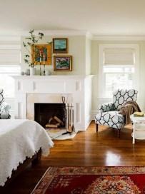 Classic and vintage farmhouse bedroom ideas 26