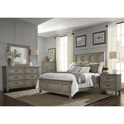 Classic and vintage farmhouse bedroom ideas 44