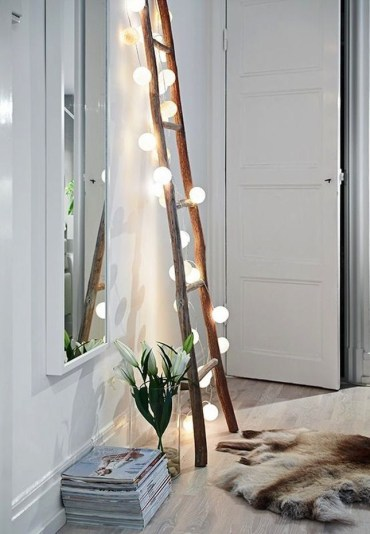 Awesome string light ideas for bedroom 43