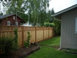 Bamboo fence ideas for small houses 13