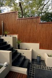Bamboo fence ideas for small houses 38