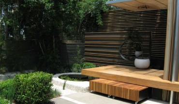 Bamboo fence ideas for small houses 50