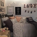 Creative dorm decoration ideas for your bedroom 03