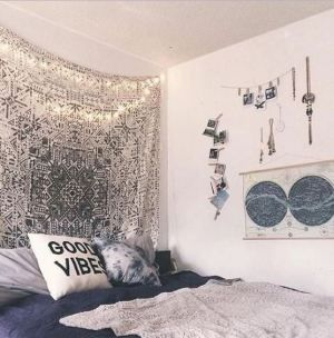 Creative dorm decoration ideas for your bedroom 25